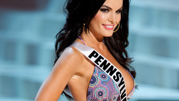 Donald Trump gives Miss Pennsylvania Sheena Monnin 24 Hours to Apologize Regarding Her Statements about Miss USA being Rigged.