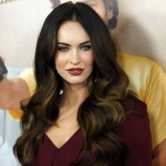 Megan Fox at This is 40 premiere-07-560x431