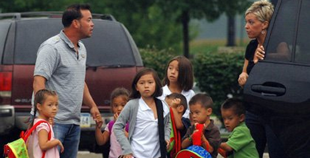 Jon Gosselin Plans To Sue Kate Gosselin For Primary Custody Of Sextuplets