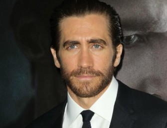 Watch As 'Nightcrawler' Star Jake Gyllenhaal Gets Scared On The Ellen Show!