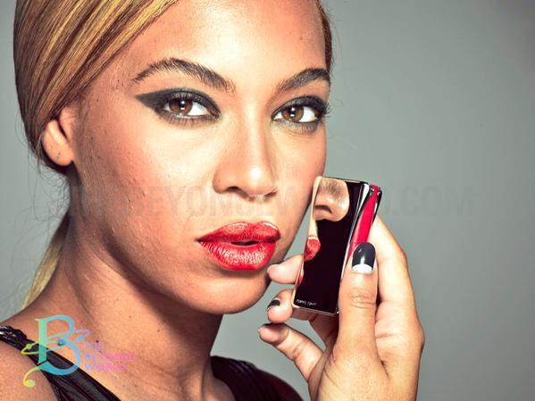 Beyonce unretouched photo L'Oreal 2013 - 1