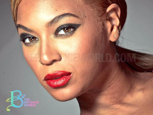 Beyonce unretouched photo L'Oreal 2013 2