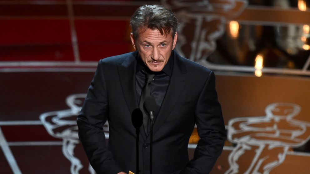 09MAR2015 - Sean Penn Racist Joke