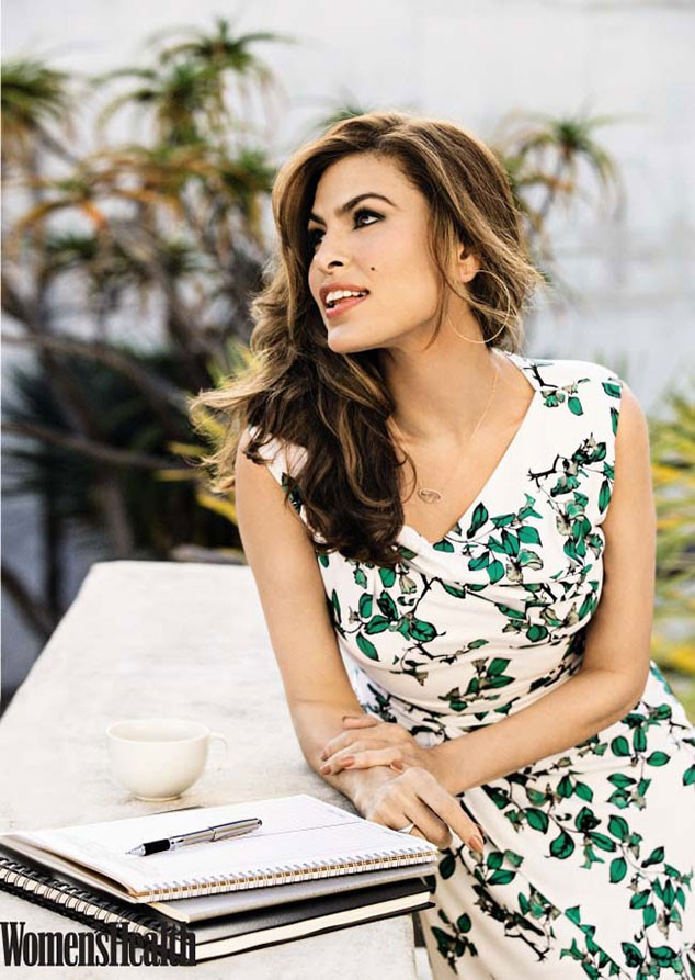 11MAR2015 - eva-mendes-womens-health-april-2015-photos02