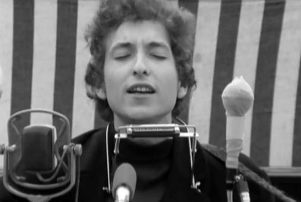 the symbolism of nature in mr tambourine man by bob dylan Mr tambourine man by the byrds song meaning bob dylan wrote mr tambourine man, and the and on the lp he also covered three other dylan songs mr.