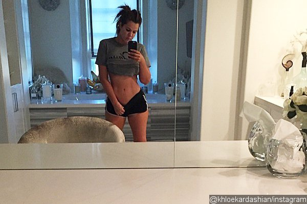 khloe-kardashian-looks-super-skinny-in-instagram-photo