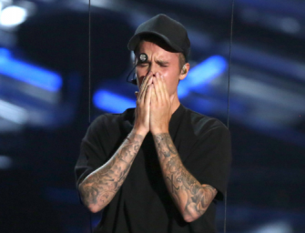 Why Was Justin Bieber Crying At The VMAs? We Have Some Answers For You!