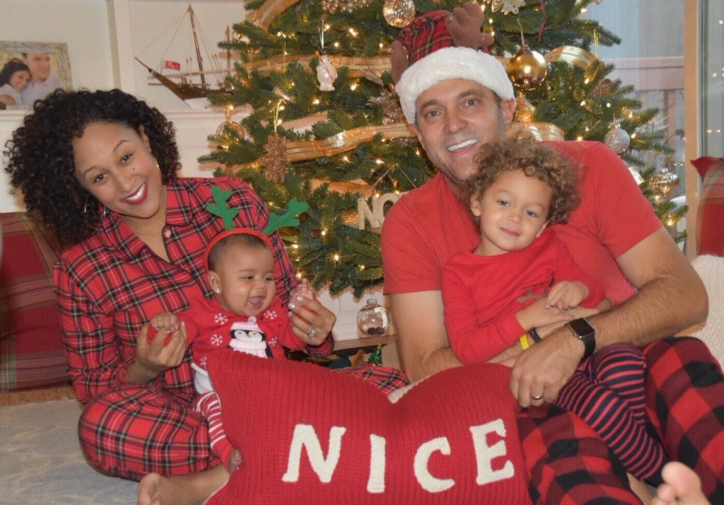 Tamera-and-Adam-Housley-with-Son-Aden-and-Daughter-Ariah-1024x714