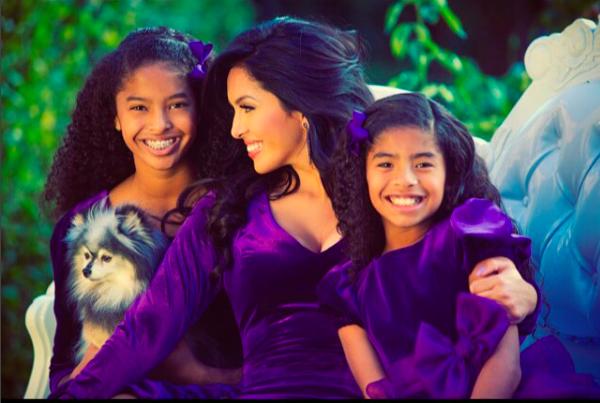 Vanessa-Bryant-with-Daughters-Natalia-and-Gianna-Bryant