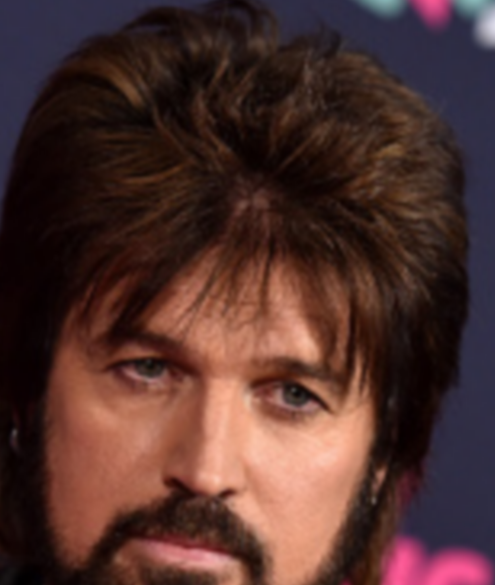 what the heck? billy ray cyrus debuts new haircut, and it's