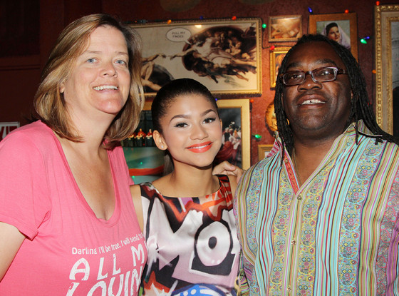 rs_560x415-150828082821-1024-zendaya-parents_ls_82815