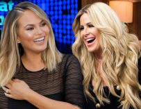 Uhhh, WHAT? Kim Zolciak Offers To Pimp Her Daughter Out In Order To Meet John Legend, See How Chrissy Teigen Responded!