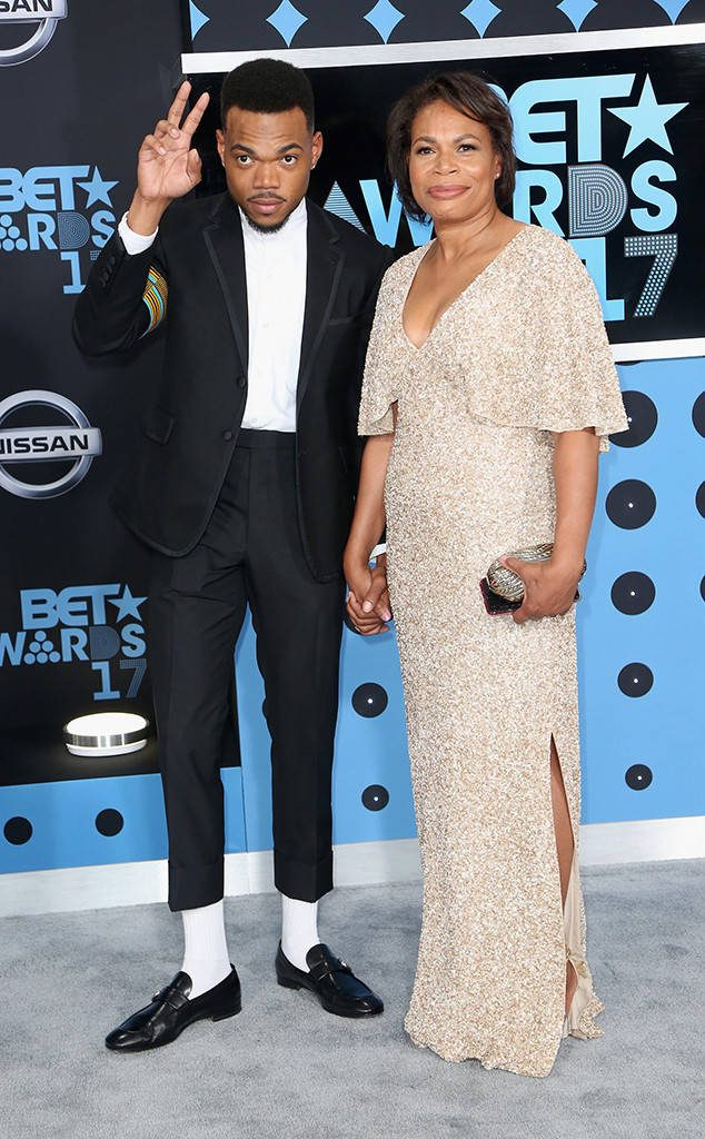 Chance the Rapper Has Huge Night At 2017 BET Awards, Becomes Youngest Person Ever To Accept Humanitarian Award