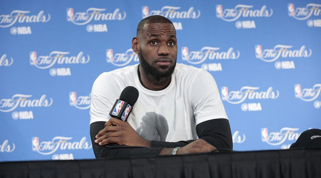WATCH: LeBron James is All Class.  His Response After His LA Home is Vandalized is Perfect. We Also Take a Peek Inside His 9,350 Sq Ft, $21 Million Home!  (VIDEO RESPONSE AND EPIC HOUSE PHOTOS)