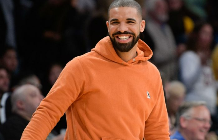 Drake Retires The Jersey Of Stripper Maliah Michel…BUT SHE AIN'T HAVING IT! Slams Drake For Trying To Take Her Out Of The Club!