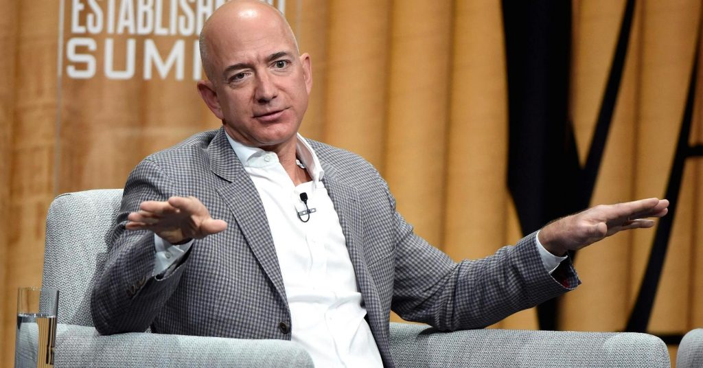Did Jeff Bezos Really Make $2 Million Per Hour Last Year? No!  He Made More!
