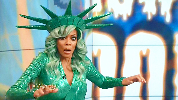 Wendy Williams Just Passed Out During Her Show, And It Was Truly Terrifying To Watch…WE GOT THE VIDEO!