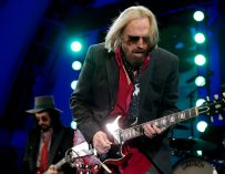 Tom Petty, Rock Legend Who Led The Heartbreakers, Is Dead At The Young Age Of 66