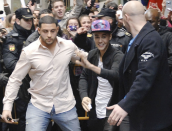 Justin Bieber's Head Of Security Arrested For DUI After Crashing Into A Cop Car And Injuring Two Officers
